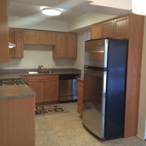 COBOURG 2 BEDROOM: GREAT SPACE, A MUST SEE!