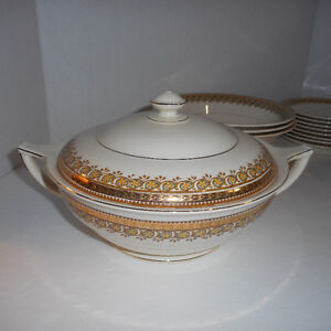 """John Maddock & Son """"CLYDE"""" IVORYWARE (marked King George Eighth)"""