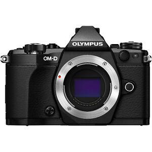 Olympus OM-D E-M5 Mark II (Noir)