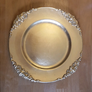 Ornate Gold Charger Plates ***Wedding or Party