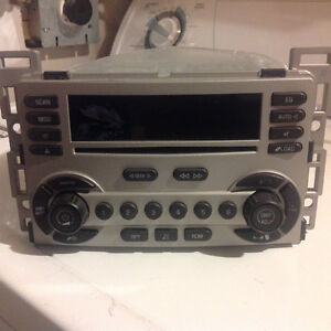 CHEVY EQUINOX DELPHI DELCO AUDIO SYSTEM 6 CD CHANGER