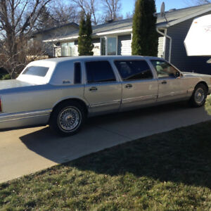 1994 Lincoln Towncar Executive  Limousine
