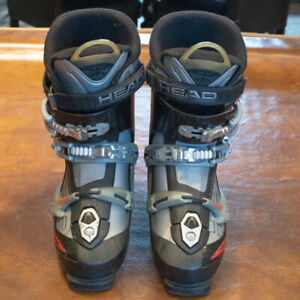 Men's Ski Boots Size 11 approx.