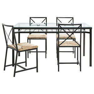 Ensemble table et 4 chaises