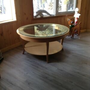 Ethan Allen Round coffee table with glass insert