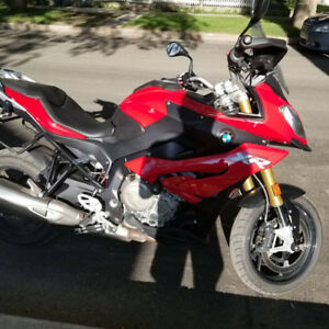 BMW S1000XR with extras