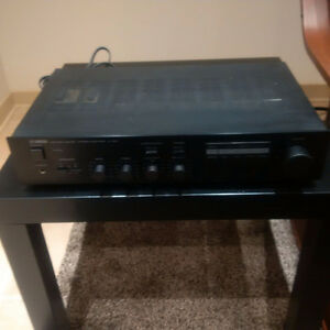 Yamaha A-400 Integrated Stereo Amplifier