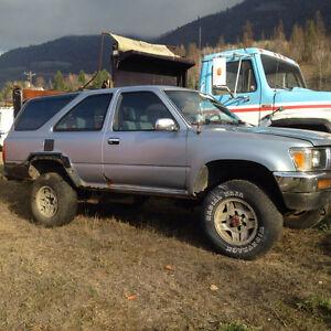 1990 Toyota 4Runner Sr5 SUV, Crossover
