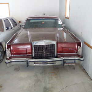 Classic 1979 Lincoln Town Car - Good Running Condition