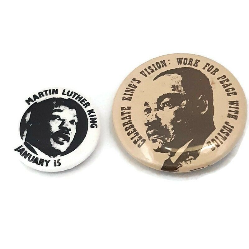 Vintage Pinback Button Martin Luther King Lot Of Two Pins/Buttons RARE SET D5