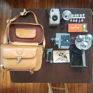 Vintage Crown 8 + Brownie camera, bag, manuals and flash bulbs