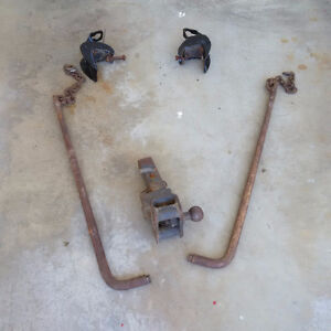Trailer hitch and stabilizer bars