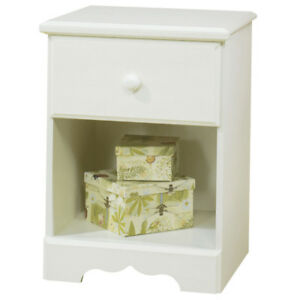 Summer Breeze Contemporary 1-Drawer Nightstand - White