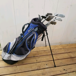Right Hand Golf Club Set w/ Weir Stand Bag