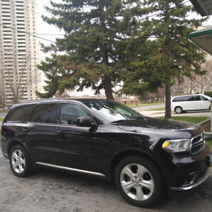 Dodge Durango 2014- SELL AS IS. Serious inquires