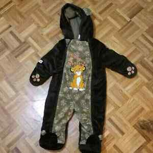 Baby snow suit 6 to 12 monthes Peterborough Peterborough Area image 1