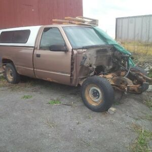 Parting Out 1996 GMC Truck