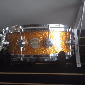 DW Snare Collector's Gold Sparkles