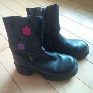 Kids Shoes and Boots size 13-1.5 Kitchener / Waterloo Kitchener Area image 5