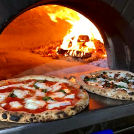 Wood fired pizza oven 🍕🍕🔥🔥