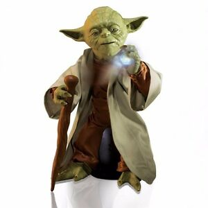 Star Wars Yoda Legendary Jedi Master Collector Box Ed. Voice NEW London Ontario image 1