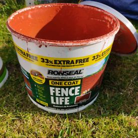 Ronseal one coat fence life red cedar paint approx 6L