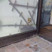 GLASS REPAIR FOR ALL COMMERCIAL PROPERTIES