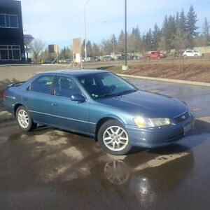 2000 Toyota Camry XLE - parts or project car