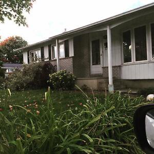 4 bdrm bungallow,  $1450 Gatineau Ottawa / Gatineau Area image 1