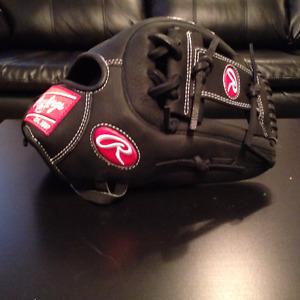"Rawlings Heart of the Hide 12"" Glove - RHT"