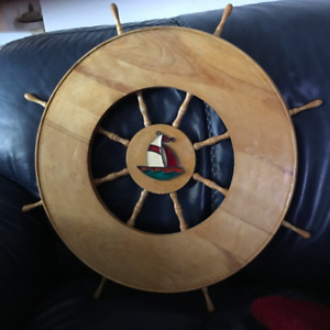WOODEN SHIP WHEEL DECOR