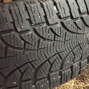 Pirelli Carving Edge winter tires 255/60R18 cloutés (studded)