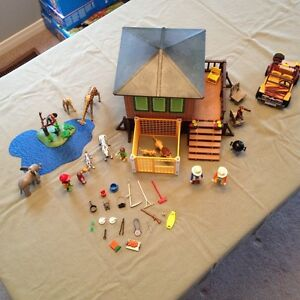 Playmobil Safari Outpost