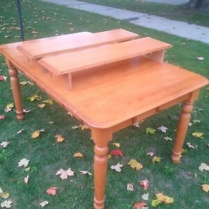 Canadian Made Solid Wood Dining Table Kitchener / Waterloo Kitchener Area image 1