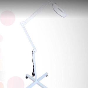 Lampe loupe blanche ***ROSELISA***