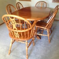 Solid Maple Dining Table and Chairs