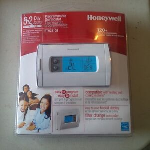 BRAND NEW HONEYWELL 5 DAY PROGRAMMABLE THERMOSTAT