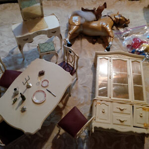 Barbie dining room and dressing table
