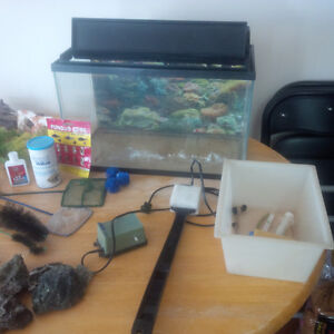 10 Gal tank and many accessories
