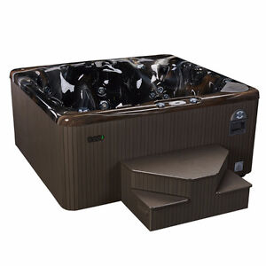 578 & 550 Special Edition Hot Tub – Beachcomber Hot Tubs Stratford Kitchener Area image 2