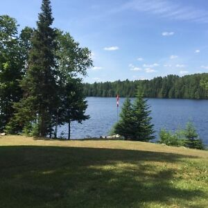UPDATED OPEN CONCEPT FOUR SEASON WATERFRONT COTTAGE