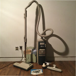 Old School Electrolux Vaccuum Cleaner (1980's)