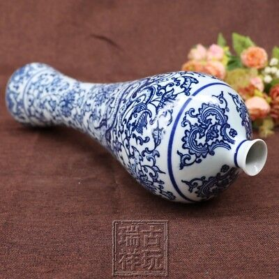 Chinese old Blue and white porcelain ornaments dragon small mouth tall vase