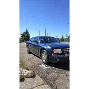 2005 Chrysler 300 Certified & E-Tested
