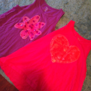 Girls tanks childrens place size 7/8 euc