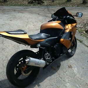 up for sale my 1989 cbr 600 with 2005 cbr rr fairings