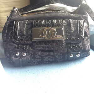 Never used Guess Purse!!