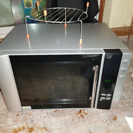 900w oven grill and microwave delonghi. Hardly used instructions