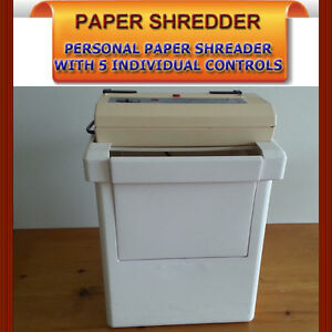 PERSONAL PAPER SHREDDER WITH FIVE CONTROLS