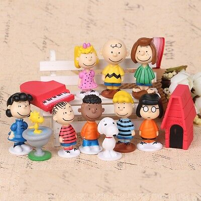 PEANUTS 12 pcs Figure Playset Cake Toppers Snoopy Charlie Lucy Franklin Toy Doll - Snoopy Peanuts